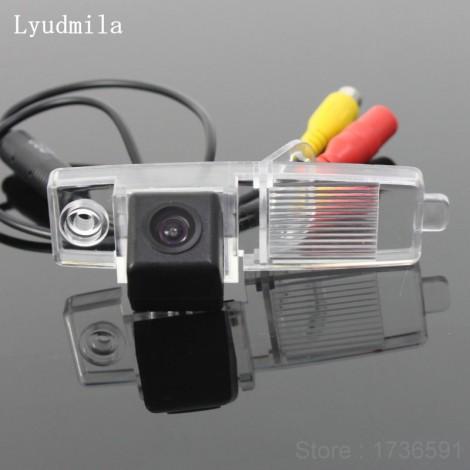 FOR Toyota Land Cruiser J200 V8 / Reverse Back up Camera / Parking Camera / Rear View Camera HD CCD Night Vision