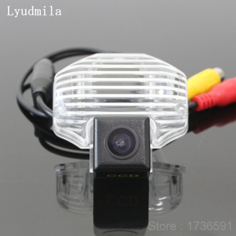 Wireless Camera For Toyota Sienna / Wish 2009~2014 Car Rear view Camera / HD Back up Reverse Camera / CCD Night Vision