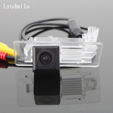 FOR Skoda Octavia 3 III A7 (Typ 5E) MK3 2013~2017 Reverse Back up Parking Camera / Rear View Camera HD CCD Night Vision